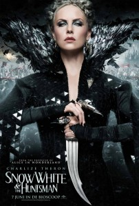 kinopoisk.ru-Snow-White-and-the-Huntsman-1869797