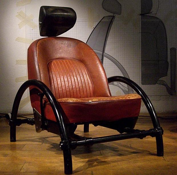 7.-Ron-Arad-Rover-Chair