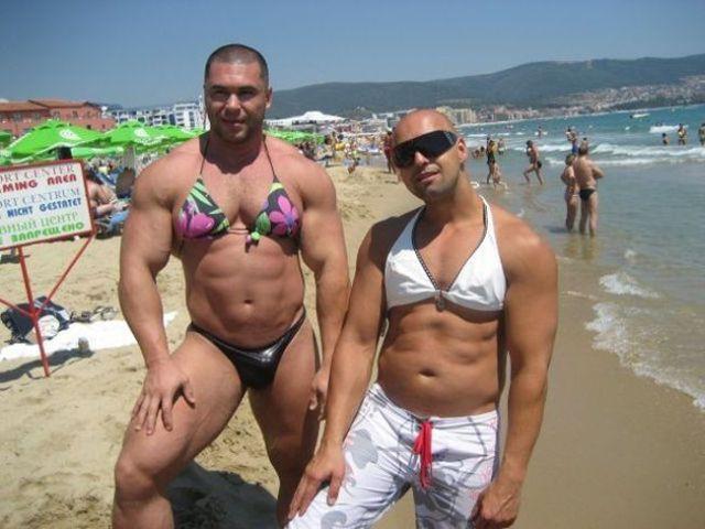 at_the_beach_06
