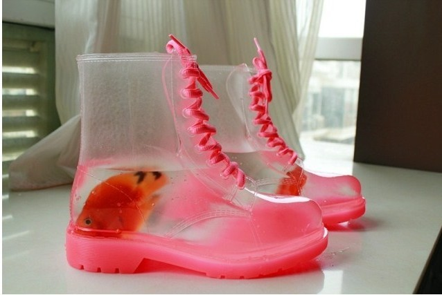 2014-PVC-Crystal-transparent-rain-boots-women-colorful-jelly-motorcycle-fashion-Clear-rainboots-galoshoes
