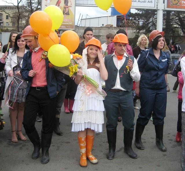 свадьба в касках Днепропетровск