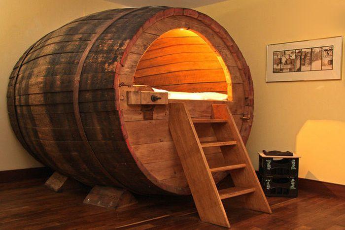 1360833565_sleeping_in_a_historic_beer_barrel_01