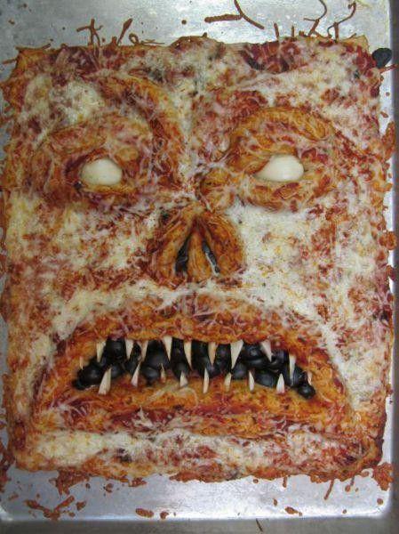 1378840488_monster_pizza_04