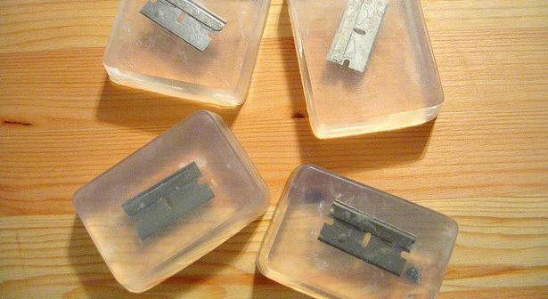 песочница-мыло-Razor-Blade-Soap-358173