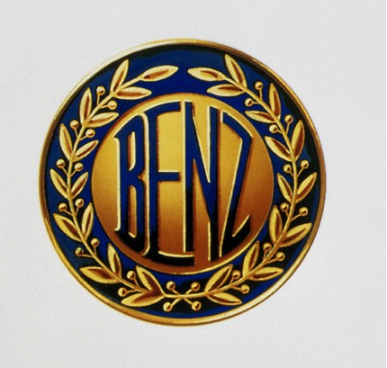 логотип-Benz-зарегистрирован-6-августа-1909-года