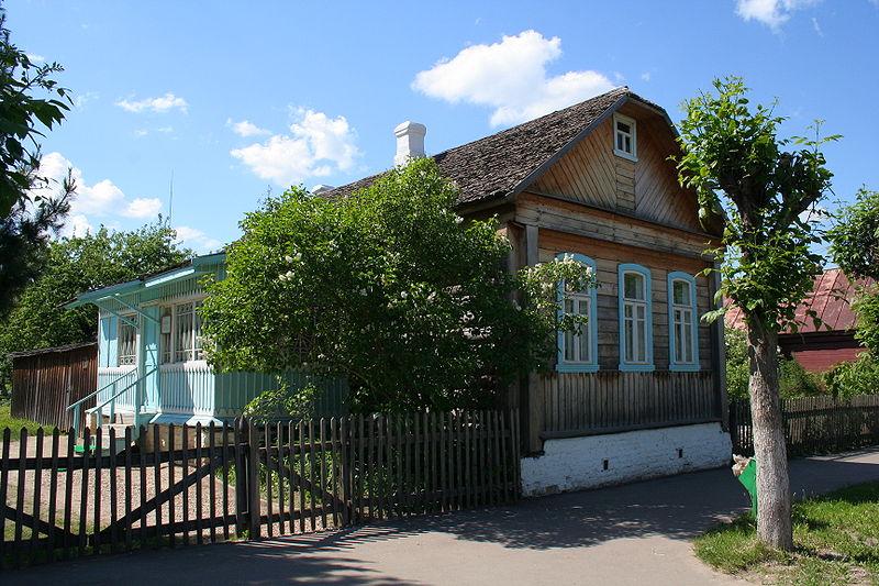 800px-Gagarin_town_-_Gagarin_Memorial_Museum_03