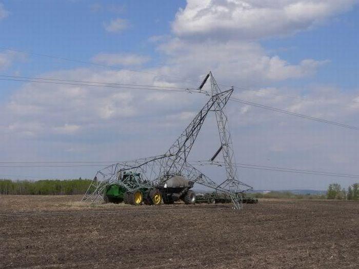 1268167217_tractor_fails_26