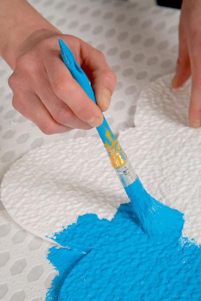 чем закрасить пенопласт