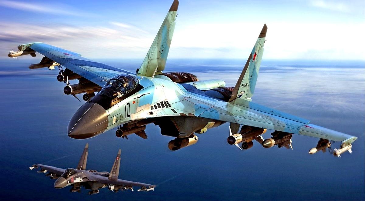 Сообщают греки - на днях в Идлибе российские военнослужащие провели операцию по изъятию у боевиков 22 тонн золота и $3 млрд
