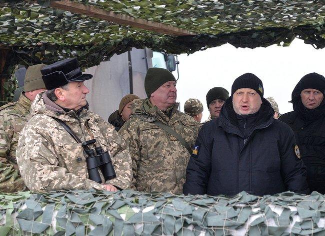 Российскому вооружению придётся подвинуться на рынке?
