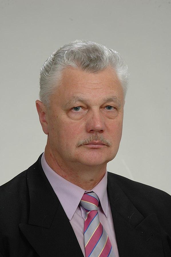 Мэром Риги стал полковник советской армии в отставке