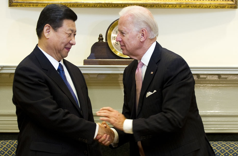 Байден считает что провёл «жёсткий» разговор с Си Цзиньпином