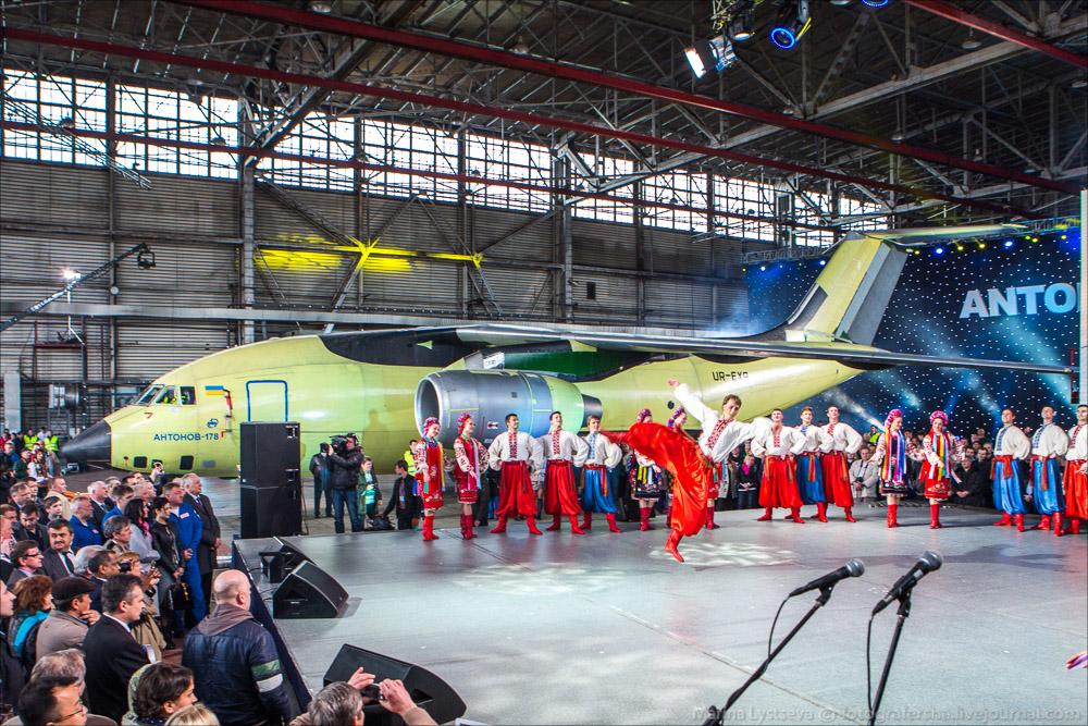Новейшие украинские самолёты лишены права летать