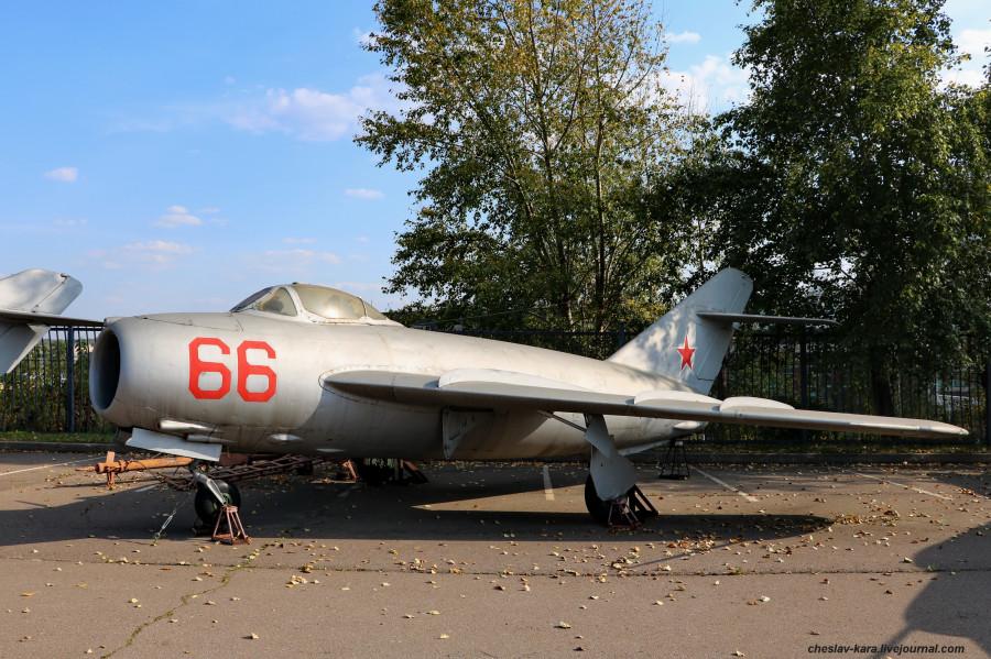 МиГ-17 (Поклонная гора, 2019) _10.JPG
