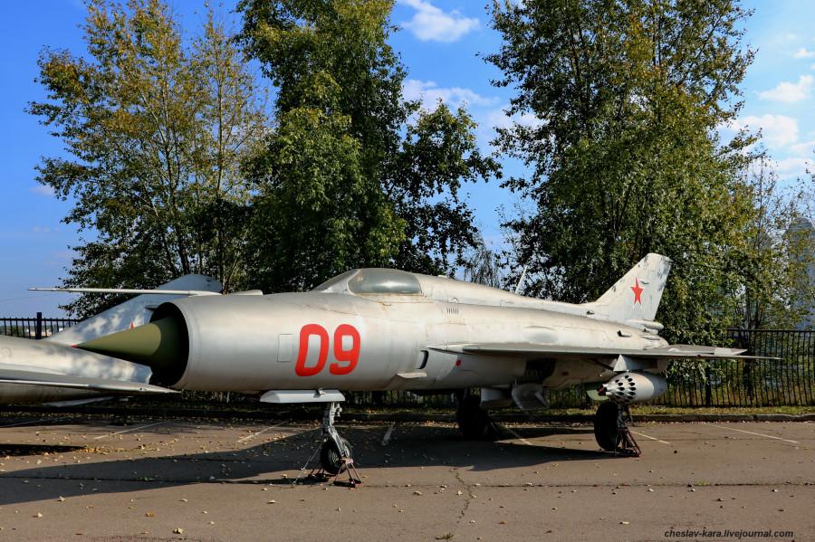 МиГ-21ПФ (Поклонная гора, 2019) _10.JPG