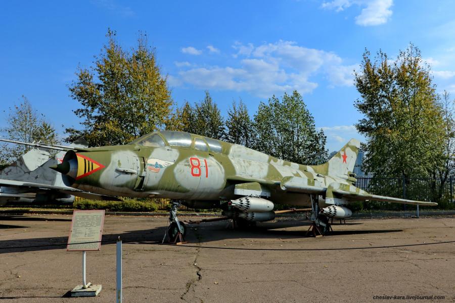 Су-17УМ3 (Поклонная гора, 2019) _20.JPG