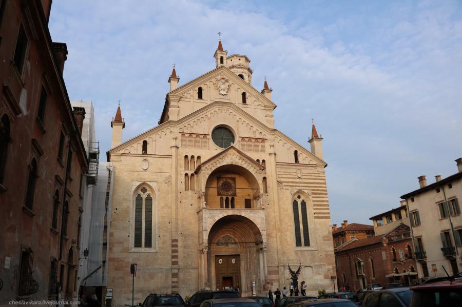 10 90 Верона _2640 Duomo.JPG