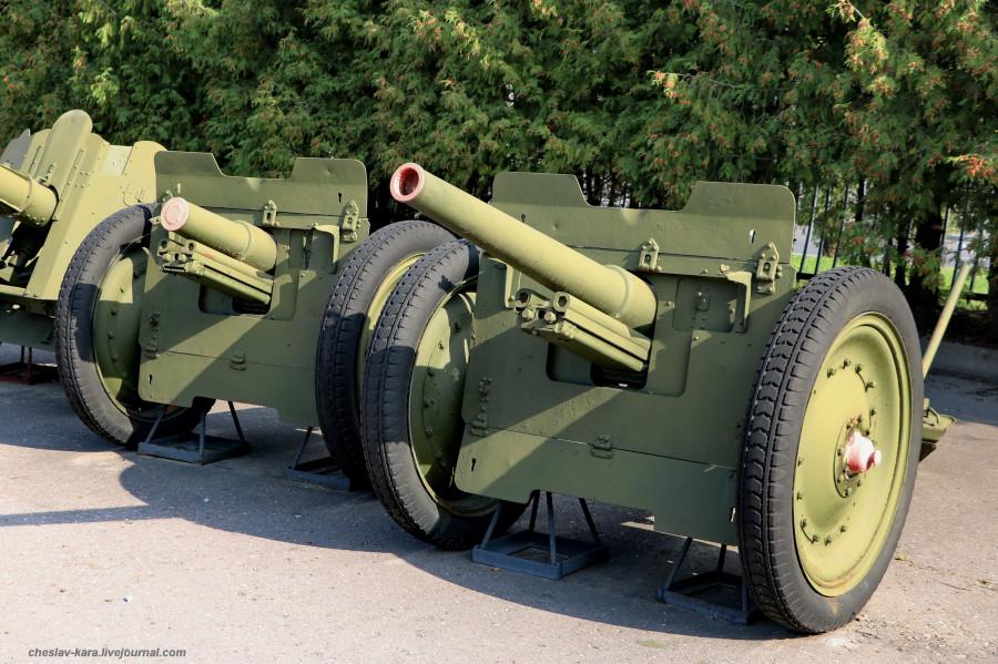 100- 76 мм полковая обр1927-42гг _20 (Поклонная гора, 2019).JPG