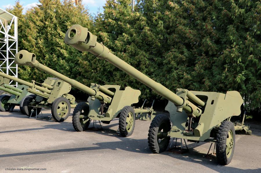 180- 85 мм ЗиС-С-8 и 76-мм ЗиС-С-58-1, опыт _30 (Поклонная гора, 2019).JPG