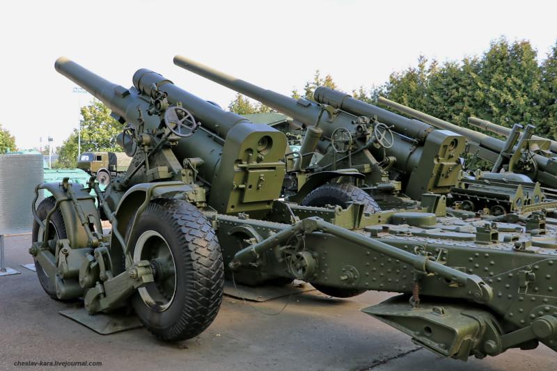 324- 203 мм Б-4М и 152 мм БР-2 _80 (Поклонная гора, 2019).JPG