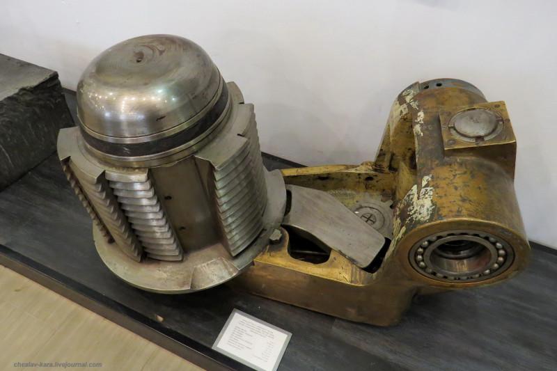 затвор 305 мм орудия в форта Красная горка (ЦВММ) _28200.JPG