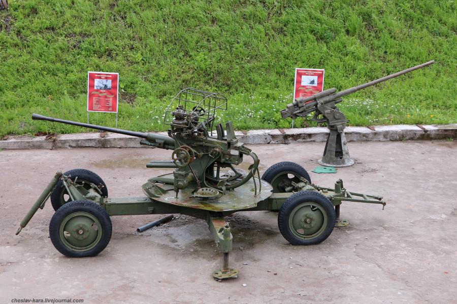 37 мм 61-К _40 (бат Демидов, Кр-дт).JPG