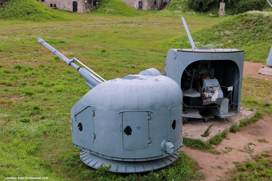 76 мм АК-176 и 100 мм Б-34УСМ _30 (бат Демидов, Кр-дт).JPG
