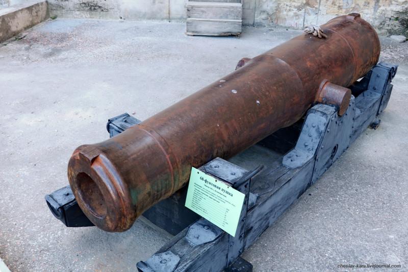 84 68-фунт (203мм) бомбич пушка (брит) _10 (Сев-ль, Мих бат).JPG