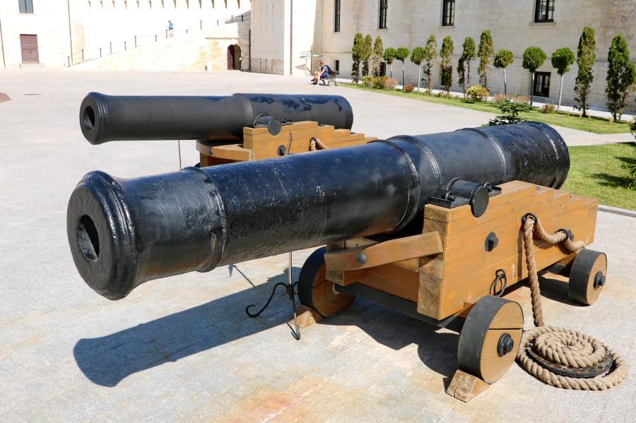 60 24-фунт (152 мм) пушка крепостная обр1805 _110 (Константиновская бат).JPG