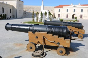 64 24-фунт (152 мм) пушка крепостная обр1805 _120 (Константиновская бат).JPG