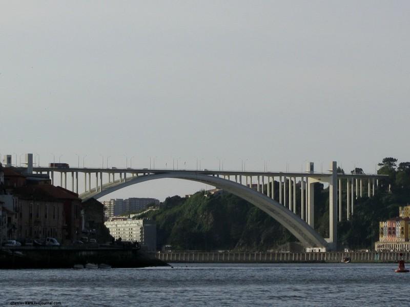 Португалия, Порту - мосты _ 3400 Ponte da Arrabida.jpg