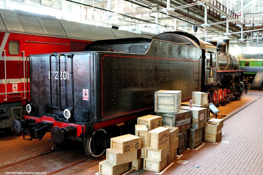паровоз ЕА-2201 (ЖД музей, СПб) _150.JPG