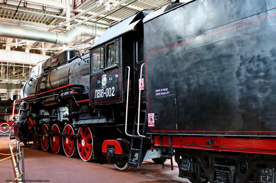паровоз ЛВ18-002 (ЖД музей, СПб) _100.JPG