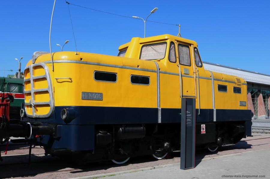 тепловоз ТГэ-016 (ЖД музей, СПб) _60.JPG