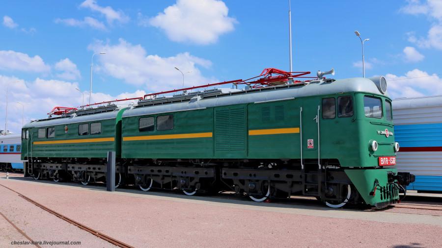 электровоз ВЛ8-1522 (ЖД музей, СПб) _100.JPG