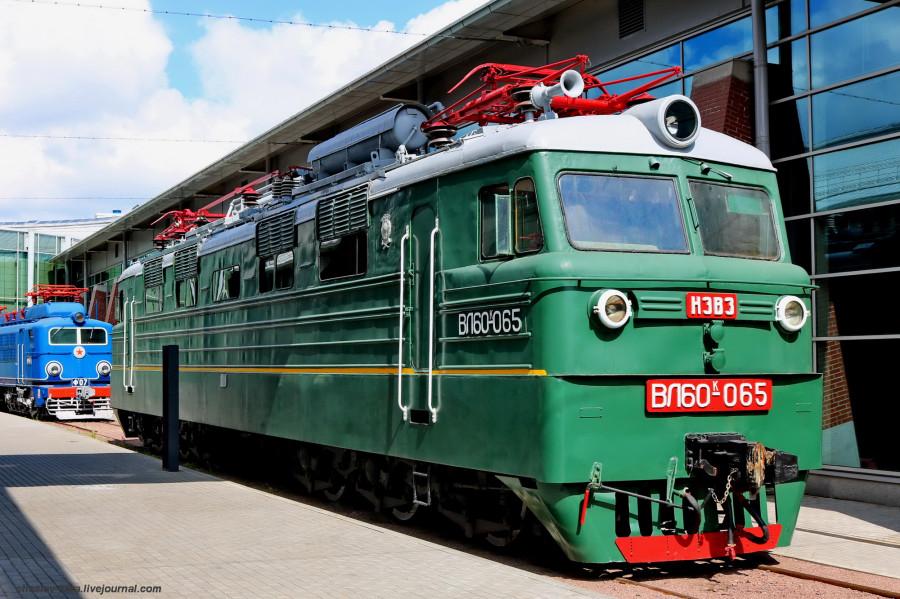 электровоз ВЛ60к-065 (ЖД музей, СПб) _100.JPG