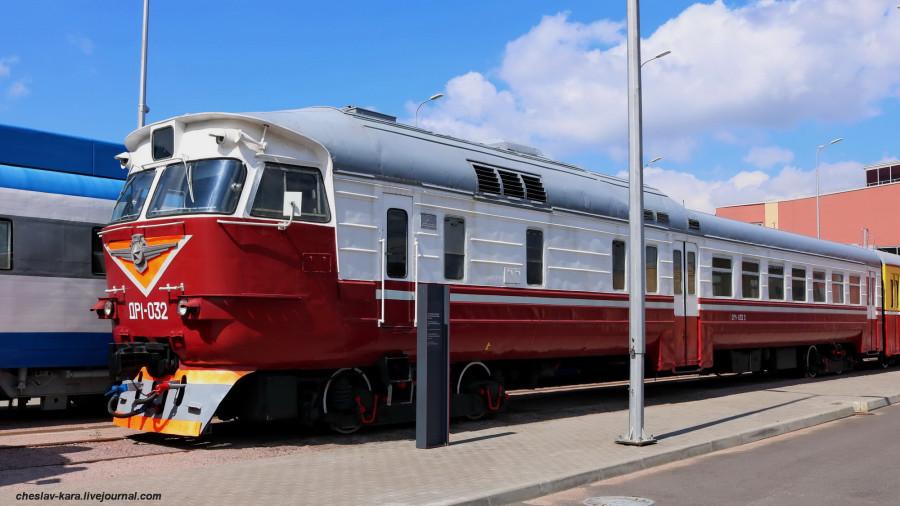 ДР1-032 (ЖД музей, СПб) _100.JPG