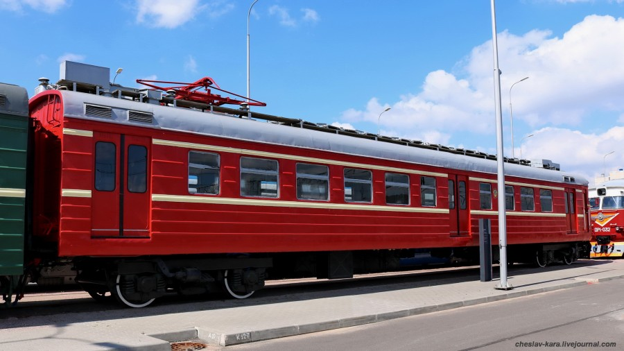 ЭР10-206 (ЖД музей, СПб) _100.JPG