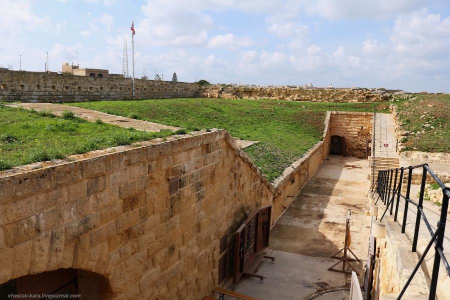 16 125 Fort Rinella _270.JPG