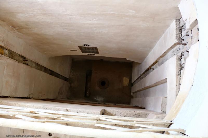 32 125 Fort Rinella _540.JPG