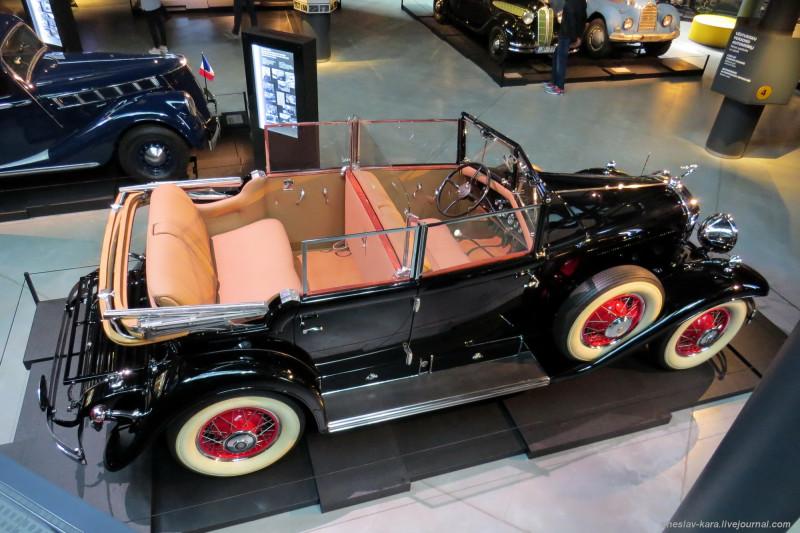 830 Cadillac V8 Fleetwood 353 (Рига, Мотормузей).JPG