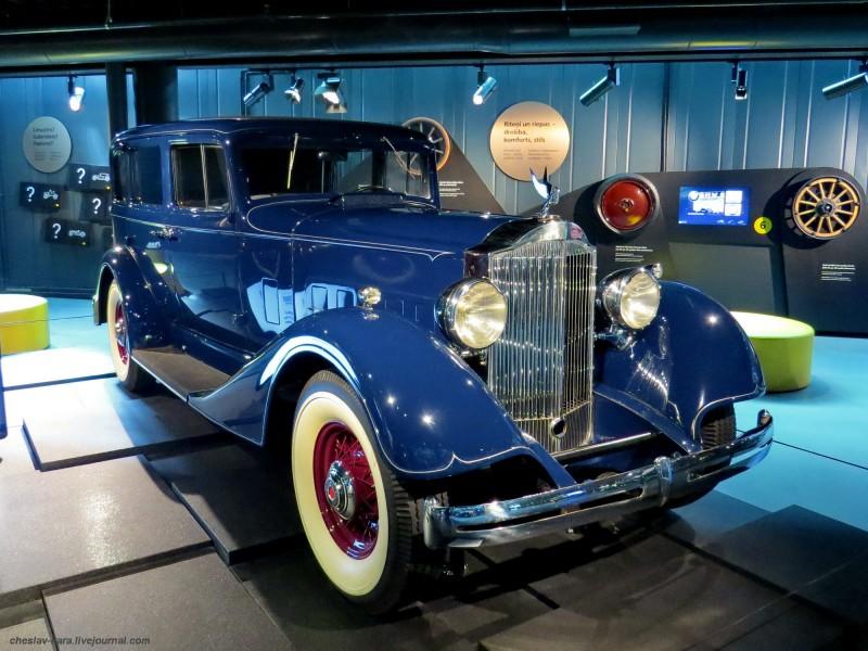 910 Packard Eight  1100 (Рига, Мотормузей).JPG