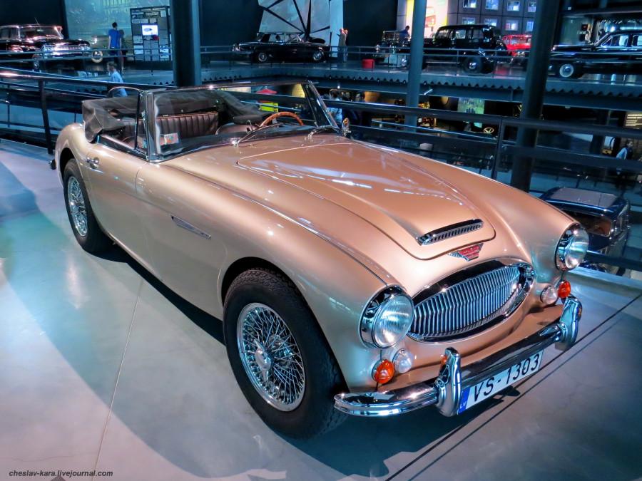 1010 Austin Healey 3000 MkIII (Рига, Мотормузей).JPG