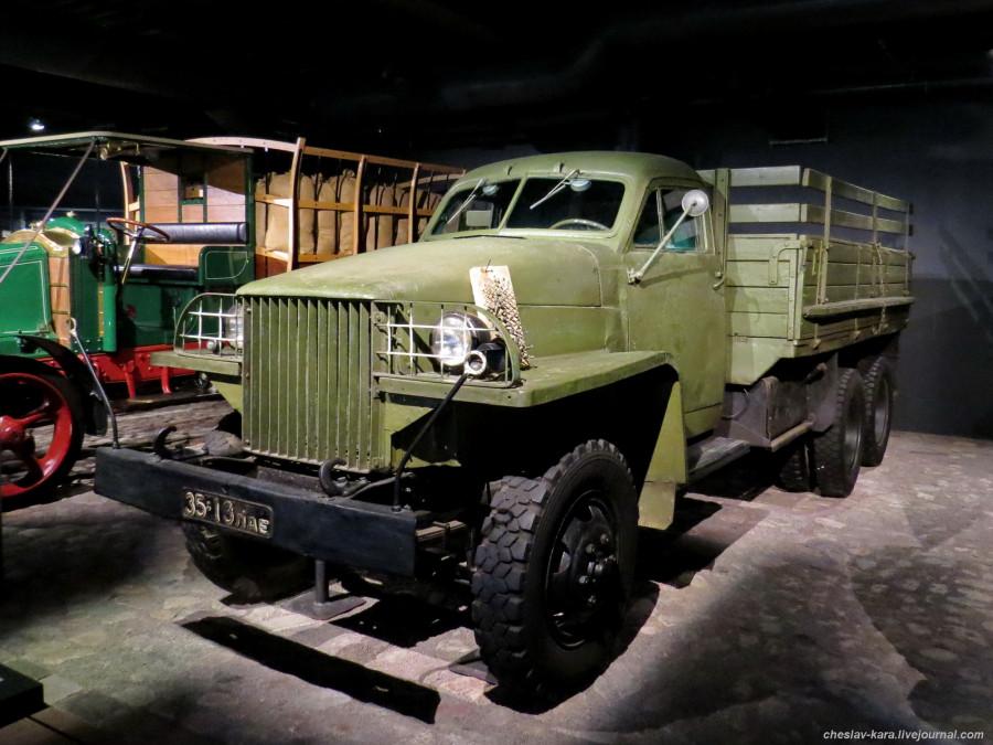 1290 Studebaker US6 (Рига, Мотормузей).JPG