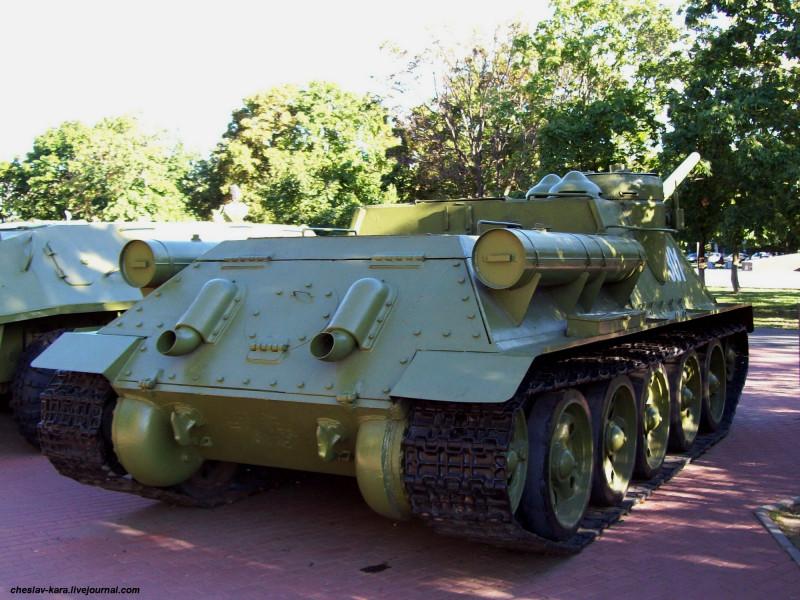 52 Су-100 _2 (Пенза).jpg