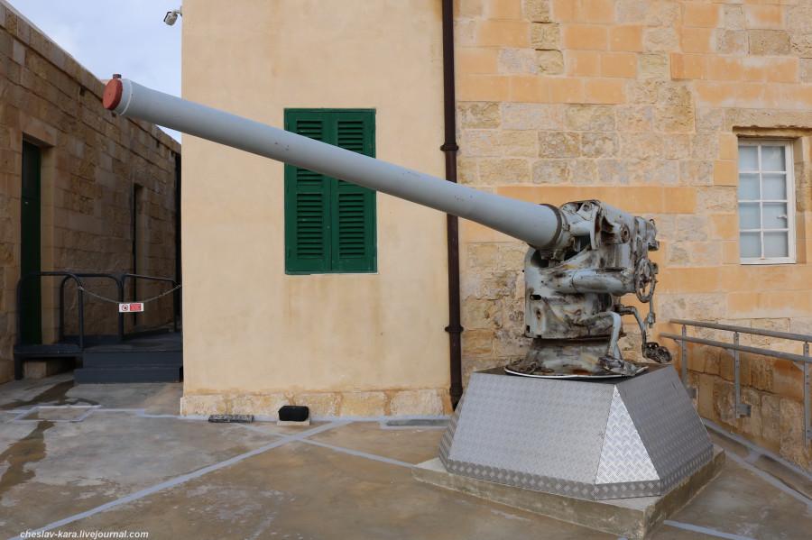 2 413 форт Св Эльма, Military Museum _100 National War Museum.JPG