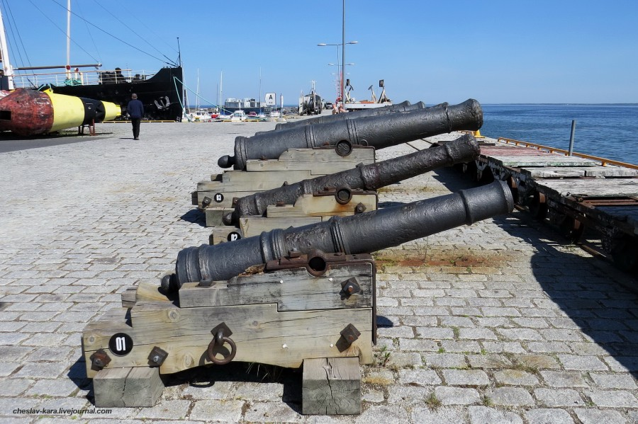 36 3-ф, 9-ф и 18-фунт пушки (Летная гавань)  _9100.JPG