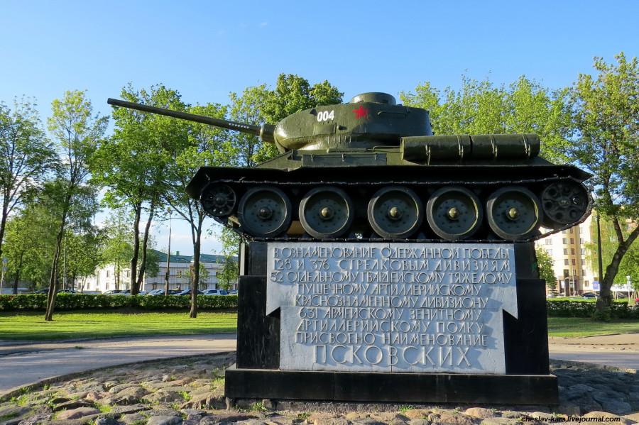 6 Т-34-85 Псков _ 29600.jpg