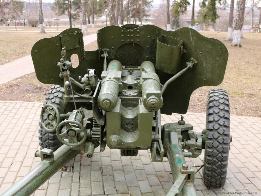 56 85 мм Д-44 (Подольск, парк Победы) _210.JPG