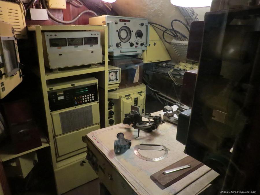 38 ПЛ Б-413 _3400 штурманская в ЦП.JPG